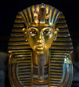 King Tut, presumably in happier, pre-catastrophe times (via)